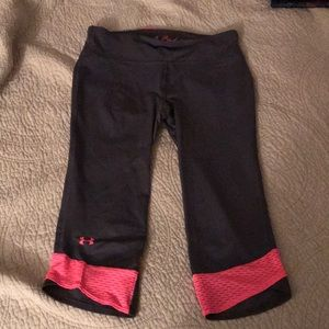 Gray and pink UnderArmour workout Capri leggings!